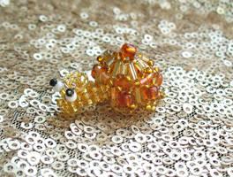 Jewelsnail - Mandarin garnet 02 by TrinaElaine