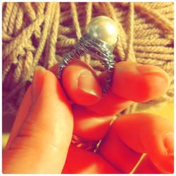 Bird's Nest Ring White Pearl