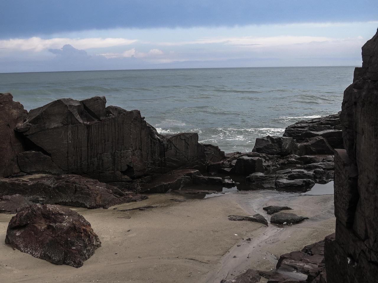 Stones beach II by DeniseWorisch