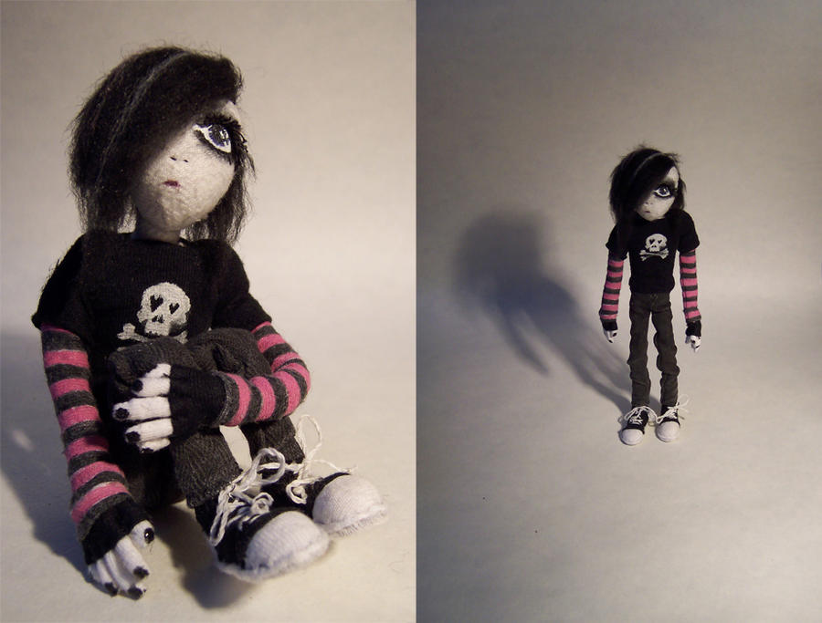 Emo Doll by GrungeIndiani on DeviantArt