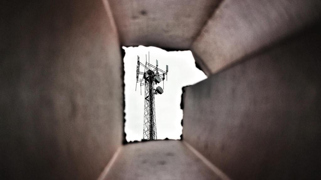 Framed by 03386