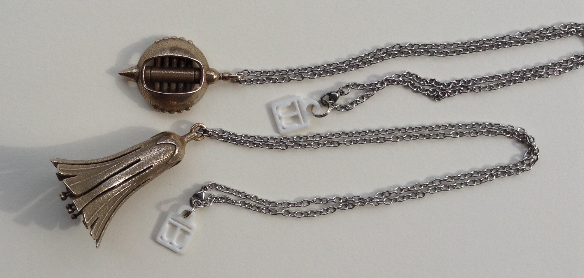 2 necklaces with 3d printed pendants by tomwilcox on