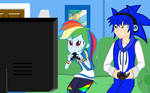 Sonic and Rainbow Dash playing the game