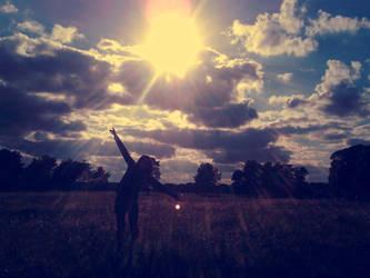 sunshine lover by ImaSecretGarden