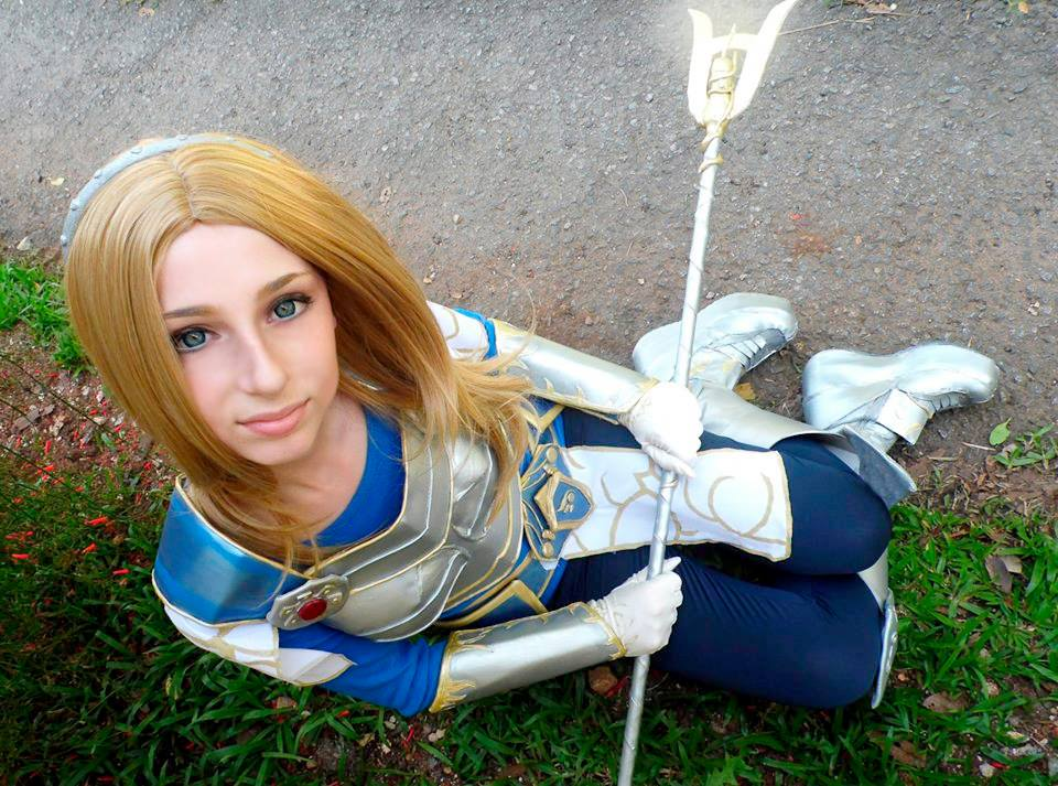 Lux by Scathefir3 on DeviantArt | Cosplay league of