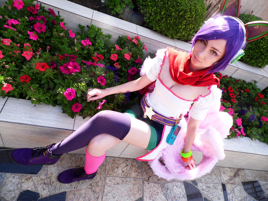 Arcade Ahri Cosplay by Yuukiq