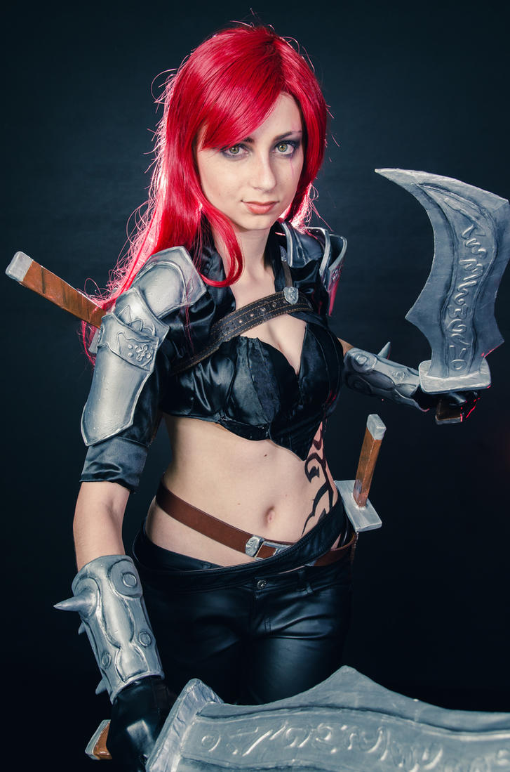 Katarina Cosplay - LoL by Yuukiq