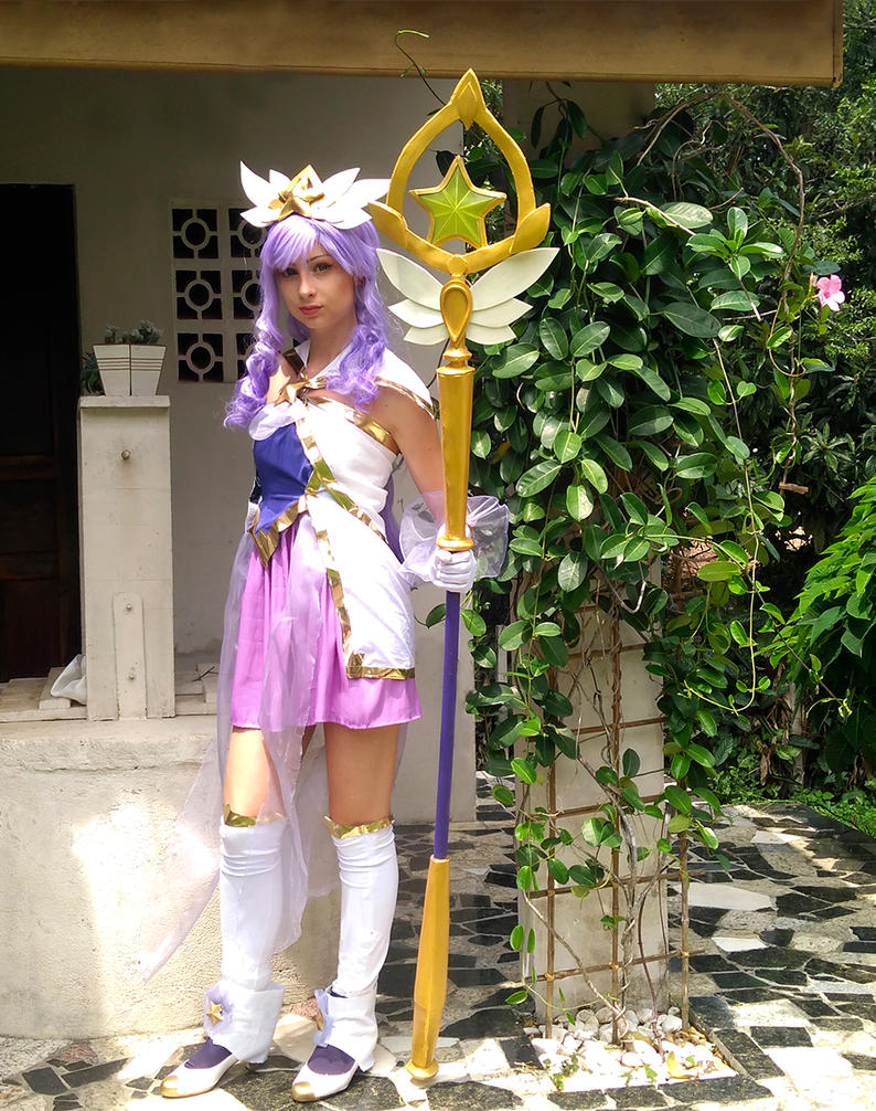 Star Guardian Janna Cosplay by Yuukiq