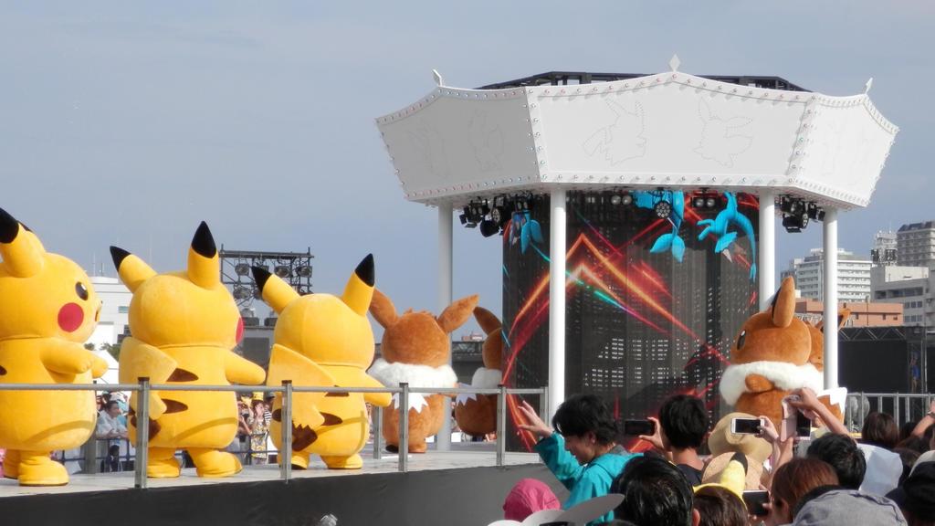 Pikachu OutBreak Yokohama 2018 Pt2 by j-fujita