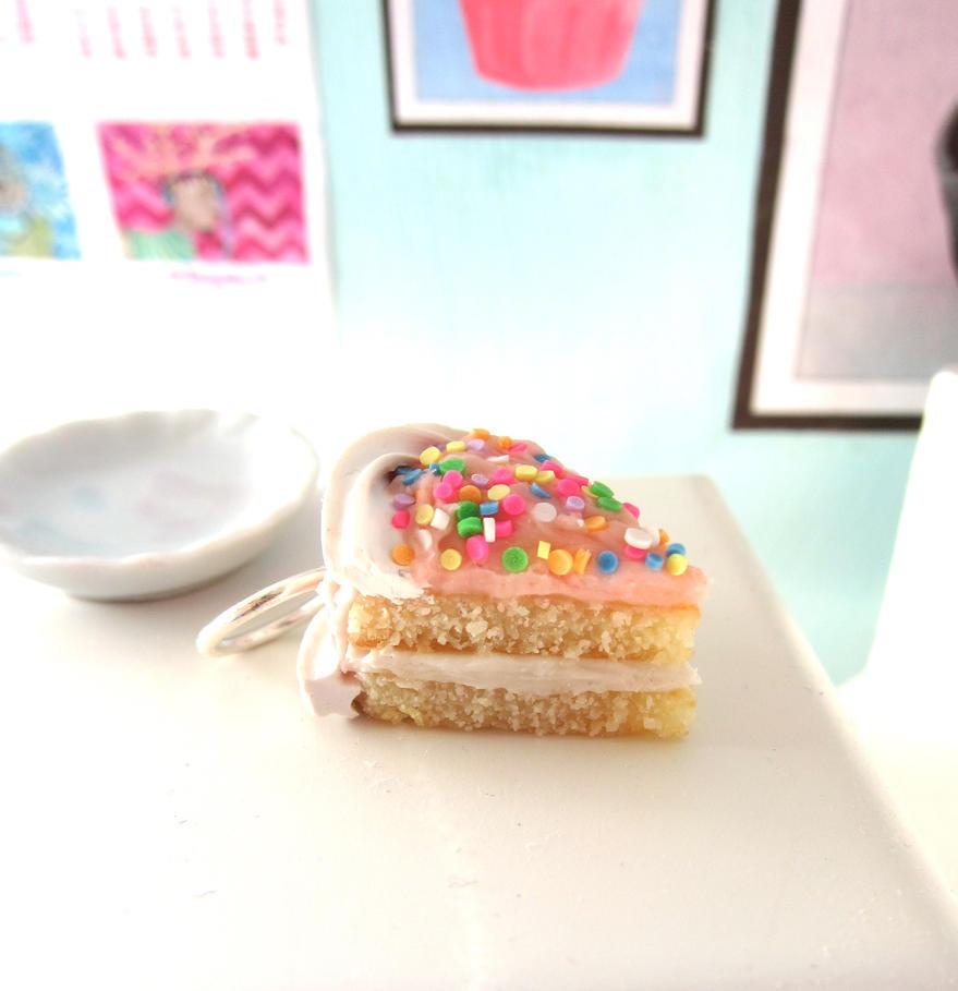 Strawberry Vanilla Cake by LittleSweetDreams