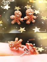Mini Gingerbread Men - Earring by Jeyam-PClay