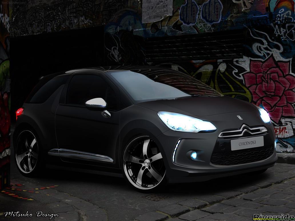 cars in the end clifford 39 s chevrolet silverado. Black Bedroom Furniture Sets. Home Design Ideas