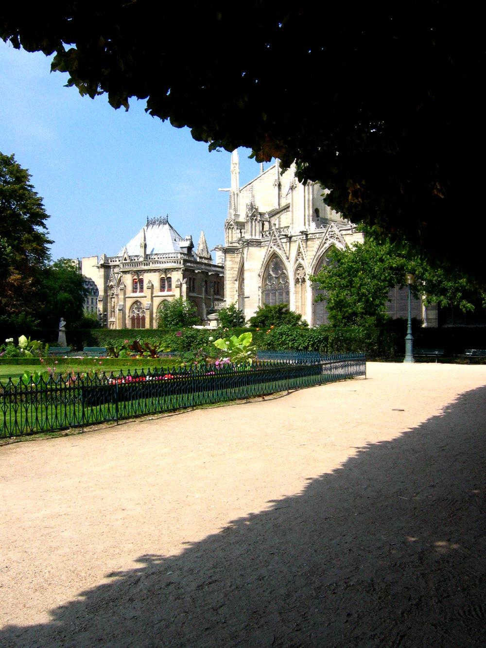 Notre Dame de Paris 2 by Ginnyhaha-Stock
