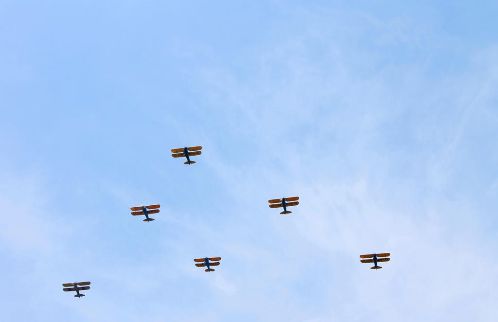 Biplanes by Daemare