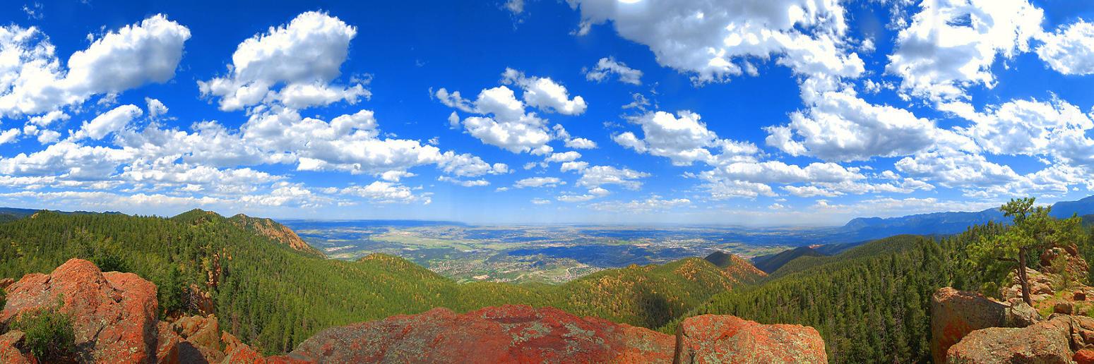 Lone Pine Mountaintop Panorama by greenunderground