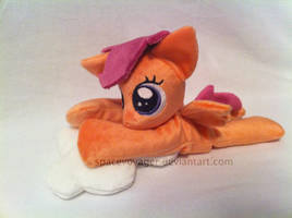 Scootaloo beanie by PlanetPlush
