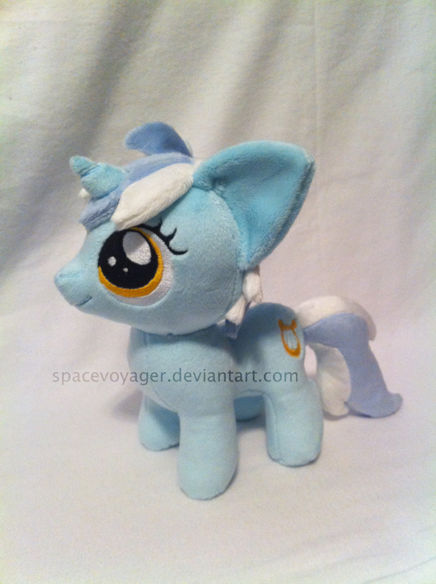 Lyra filly by PlanetPlush