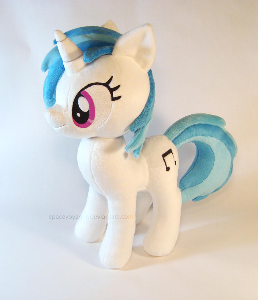 Vinyl Scratch by PlanetPlush