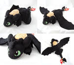Toothless with saddle