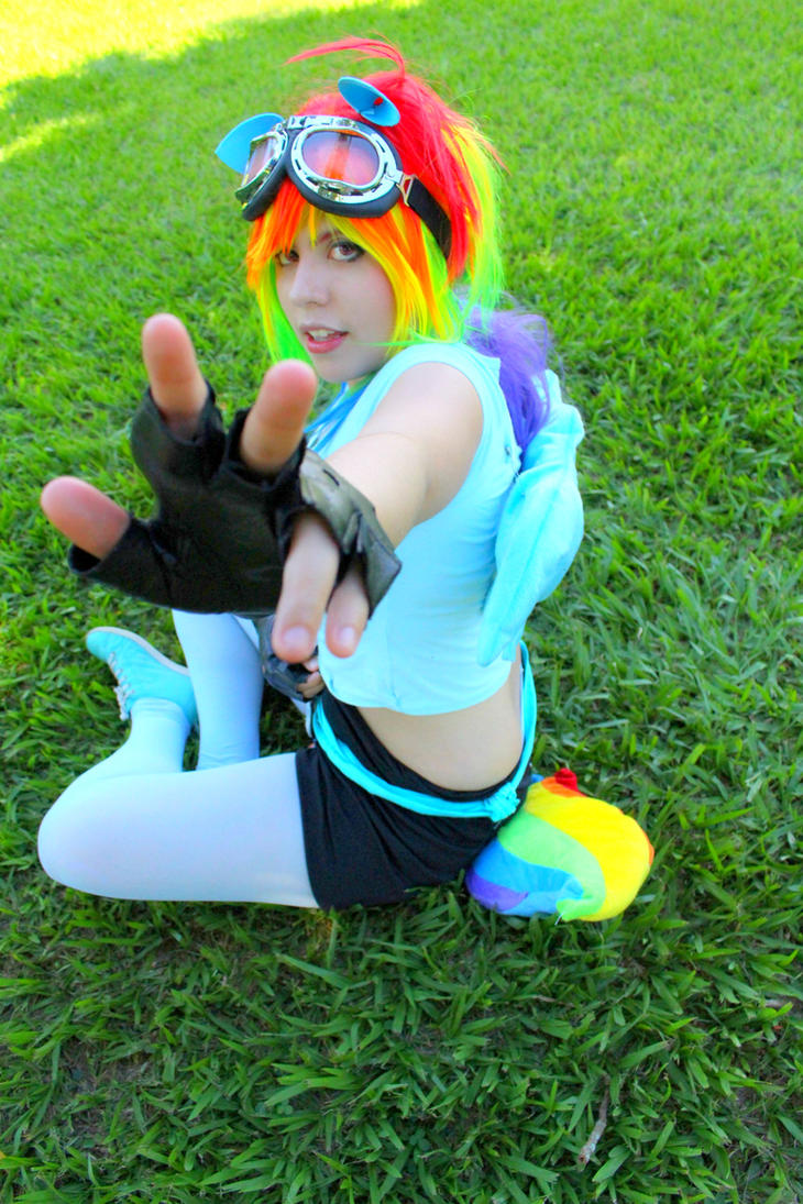 Rainbow Dash by RobinYume