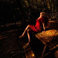 women in red by nurtanrioven