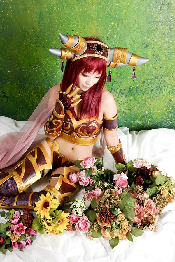 WoW - Alexstrasza by miyoaldy