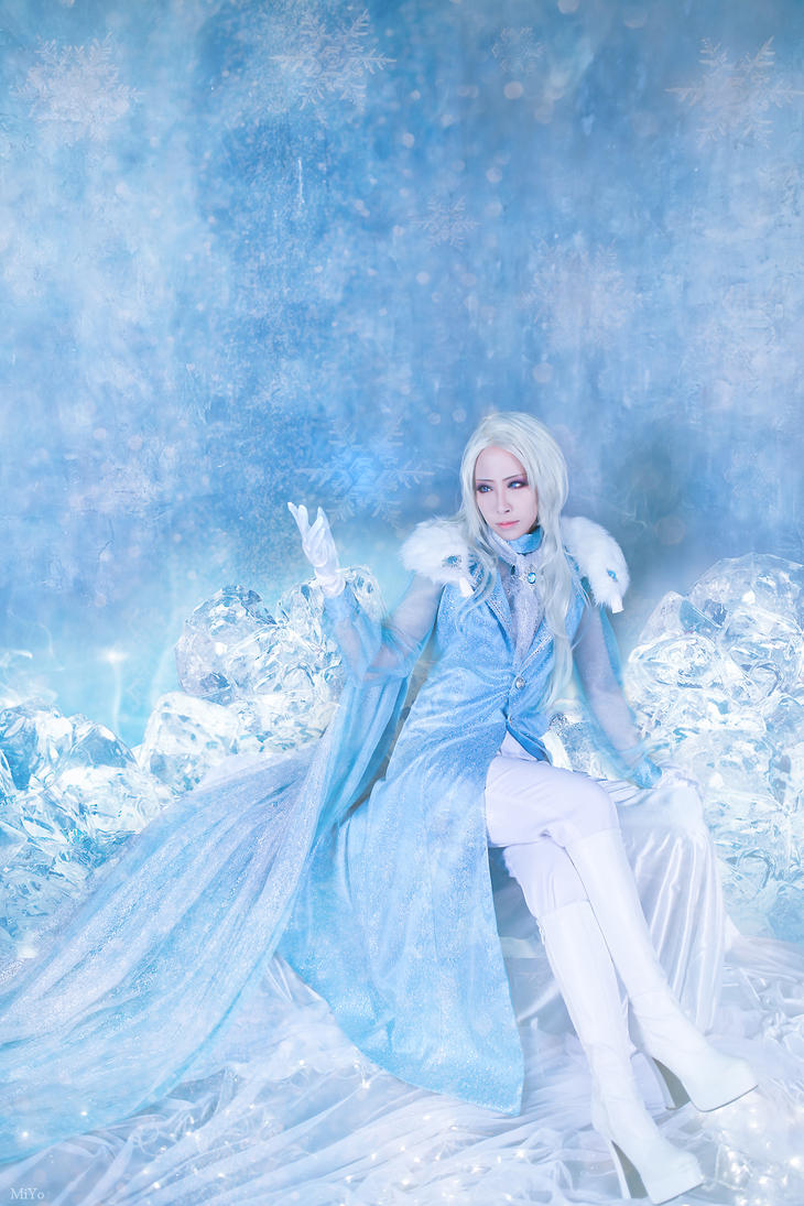 Frozen - King Elsa by miyoaldy