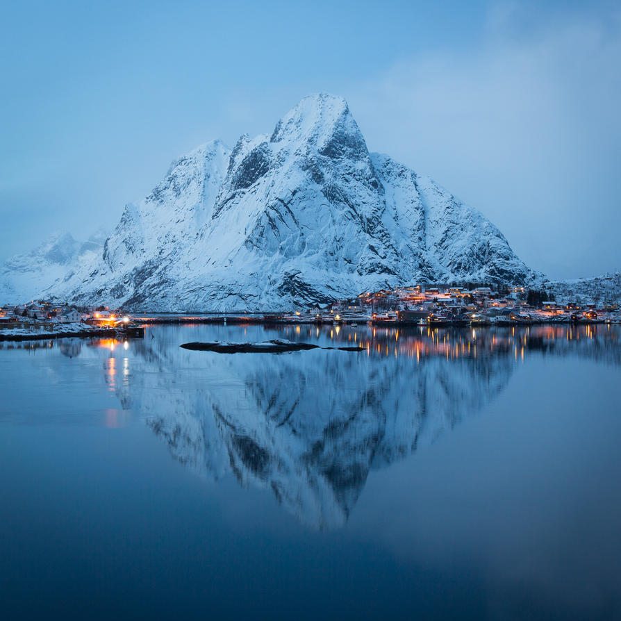 Reine reflection by JohnyG
