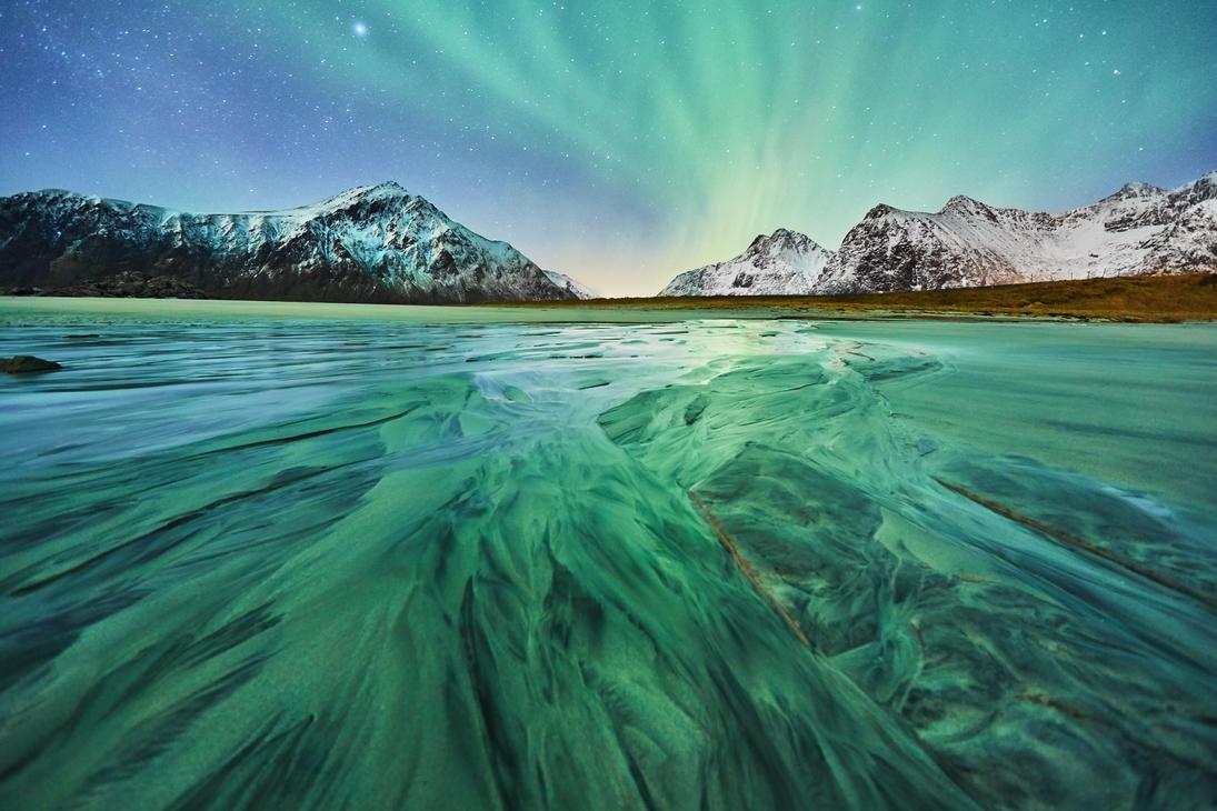 Green sand? by JohnyG