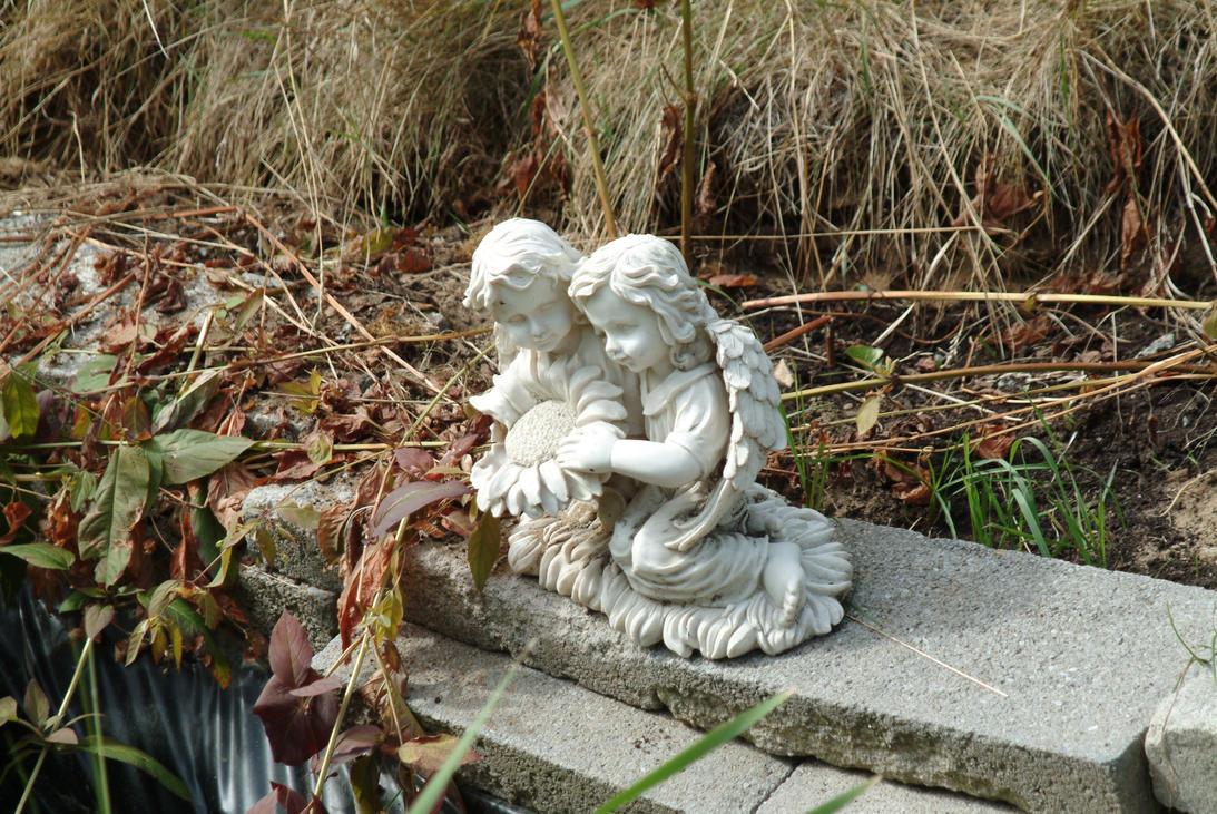 Garden Angels by greendruid3 on DeviantArt