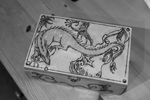 Dragon Chest by MemMor