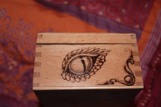 Dragon chest right side by MemMor