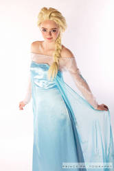 Elsa - Disney's Frozen by FireNationCosplay