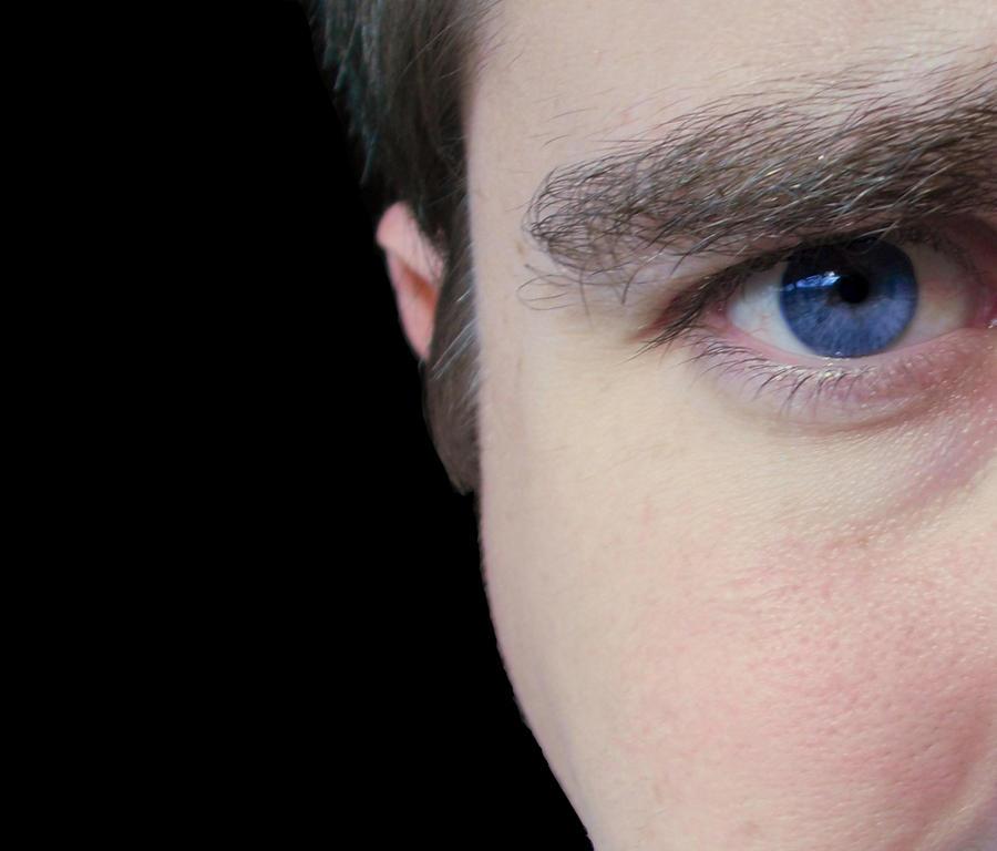 Blue Eye by cerberus144