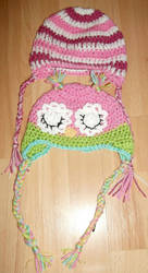 Sleepy owl and stripes hat by Demoncherry