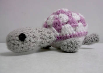 Tiny Turtle by Demoncherry