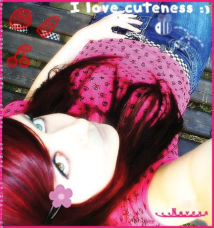 http://fc04.deviantart.com/fs19/f/2007/226/b/d/Emo_Girl_by_N3V3NA.jpg