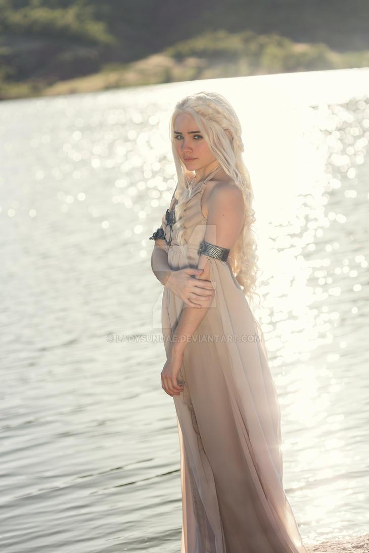 Daenerys cosplay, Game of Thrones - Lady Sundae by LadySundae