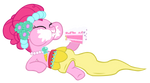 Love is in Bloom For Pinkie and Her Cake