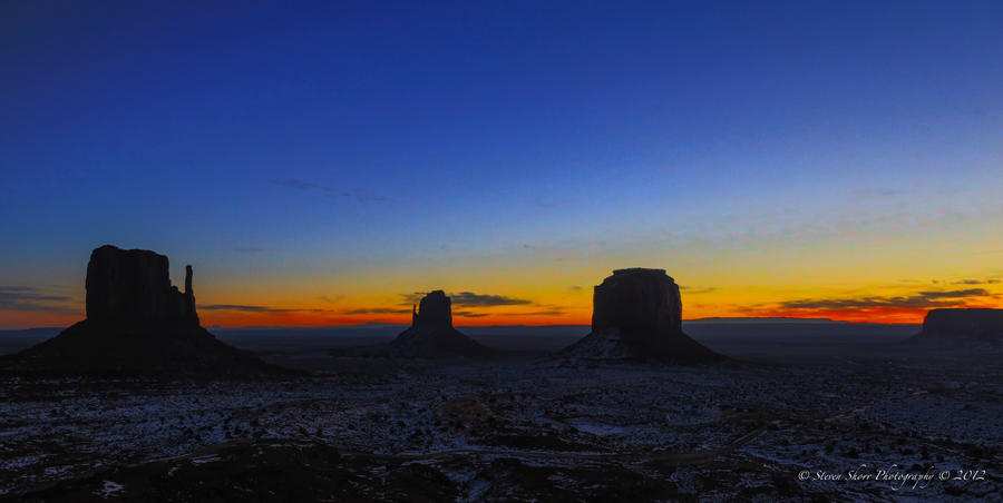 Sunrise in Monument Valley 4 by Mac-Wiz