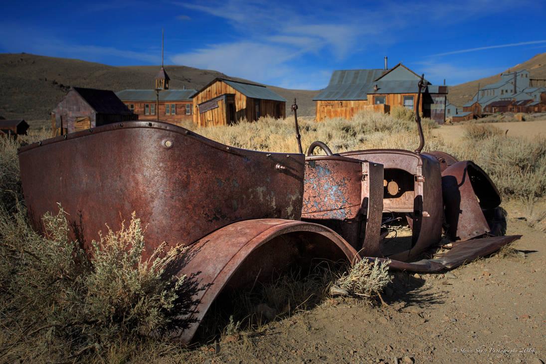 Rusted Beauty by Mac-Wiz