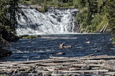 Lewis Falls by Mac-Wiz
