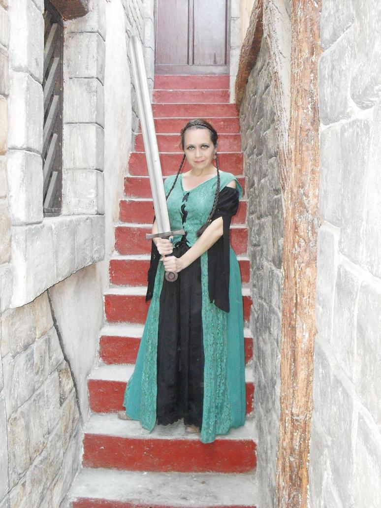Dama En El Castillo 45 by Lilinaceleste