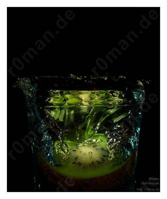 Kiwi by r0man-de