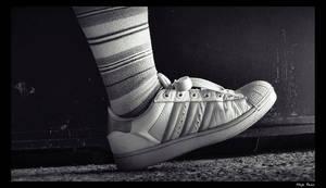 Walking Sneaker by grini