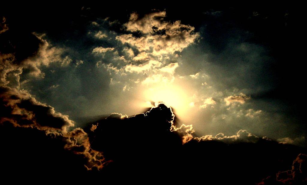 agony of light II by scumpula