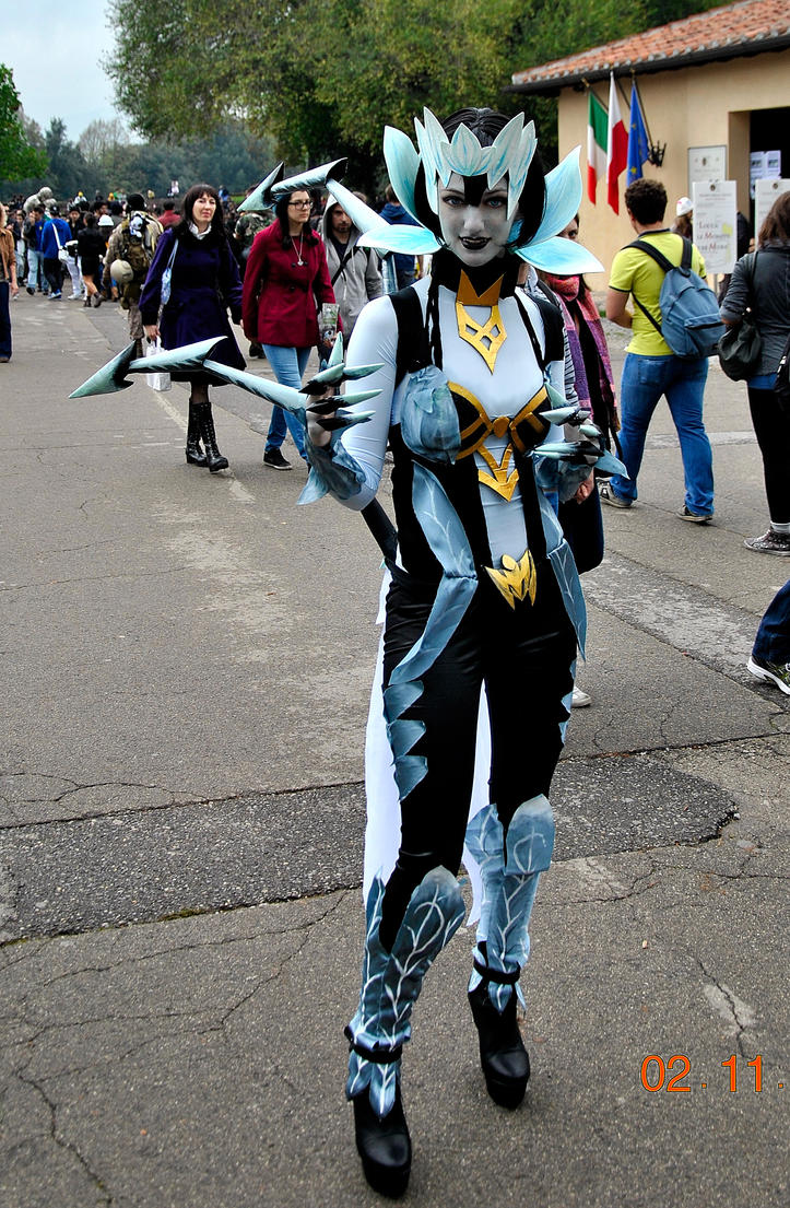 The gallery for --> League Of Legends Lissandra Cosplay