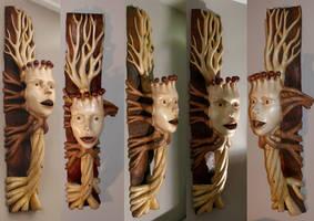 Queen of the trees - wood sculpture