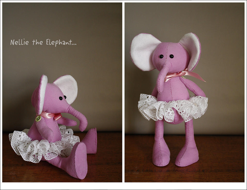 Nellie the Elephant packed her trunk... by lulufae