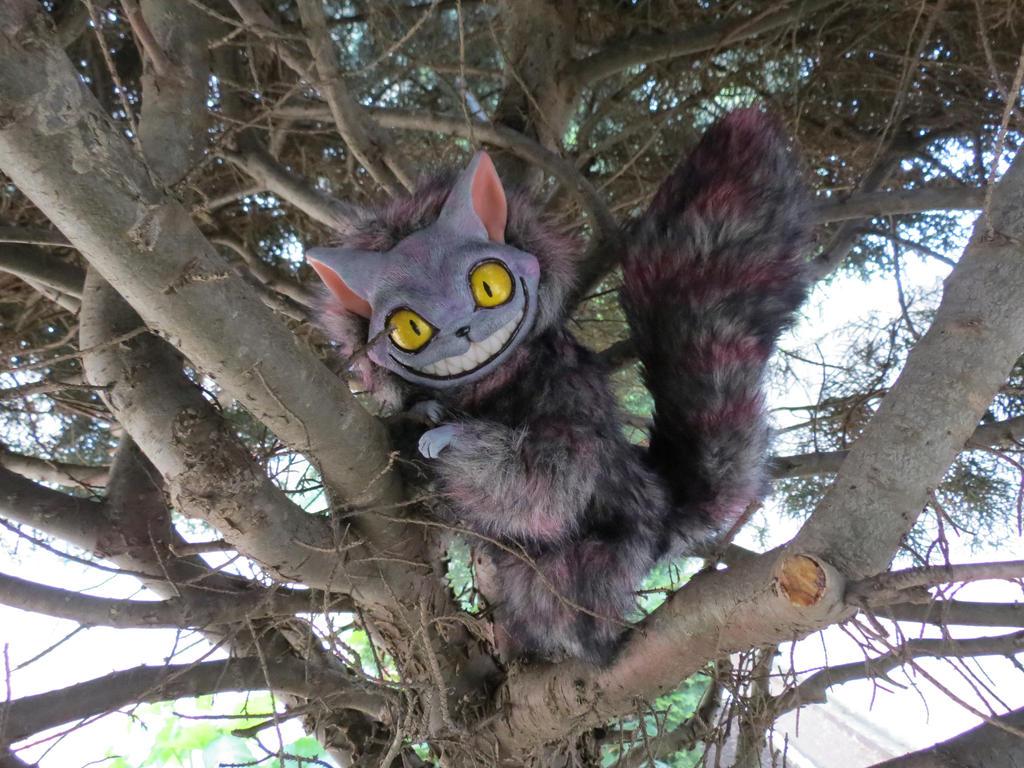 OOAK Cheshire Cat ( by Vladimir Sukhanov ) by Sukhanov